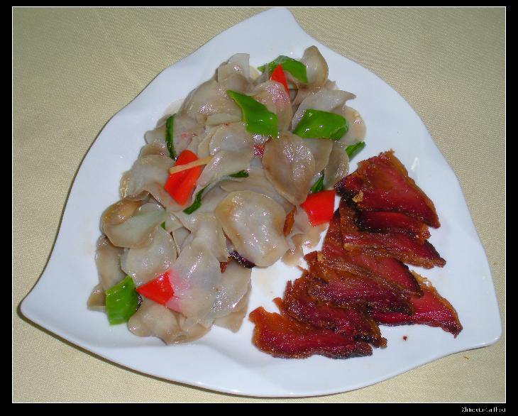 镇安特色菜 芋干腊肉